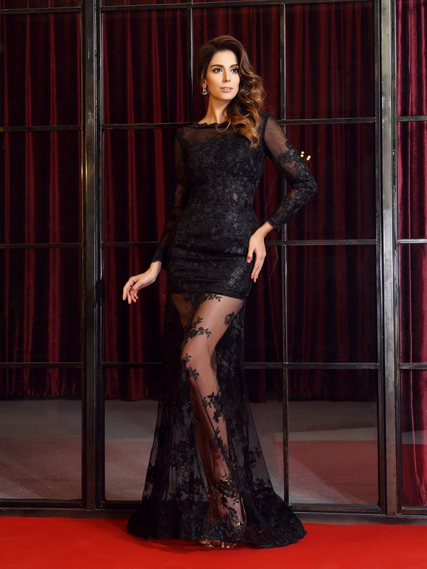 Trumpet/Mermaid Long Sleeves Bateau Sweep/Brush Train Applique Lace Dresses