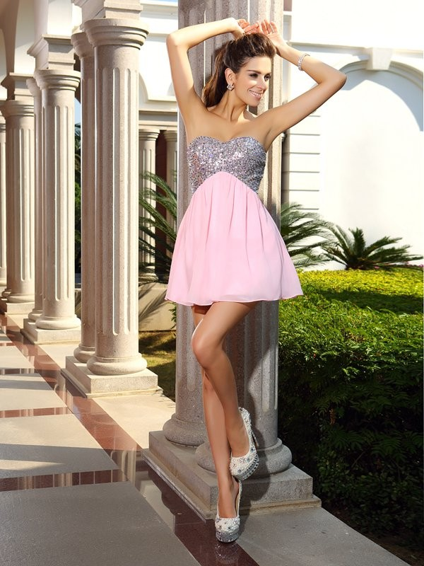 A-Line/Princess Sleeveless Chiffon Short/Mini Sweetheart Sequin Gowns