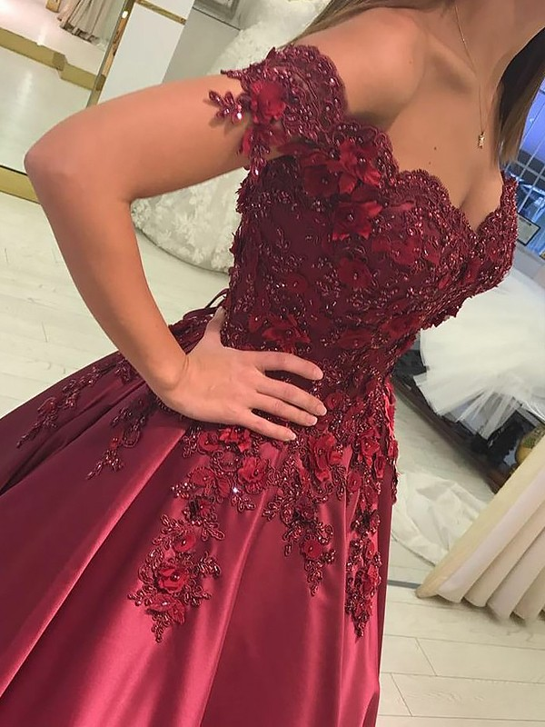 Ball Gown Off-the-Shoulder Sleeveless Applique Satin Floor-Length Dresses