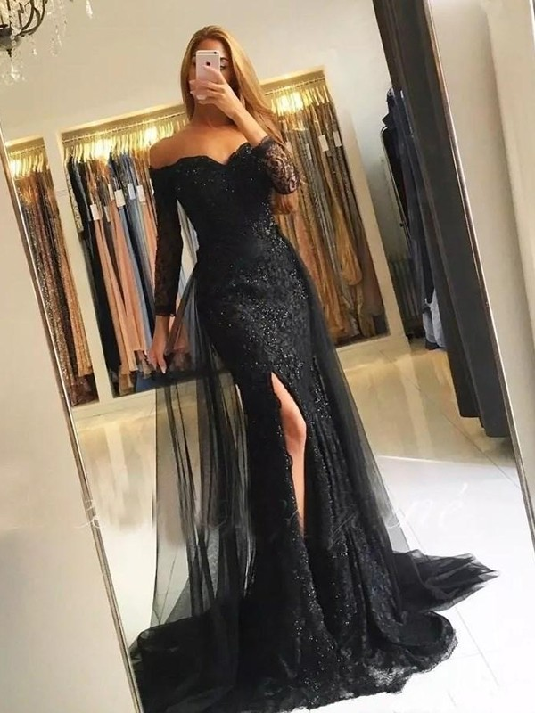 Trumpet/Mermaid Off-the-Shoulder Lace Long Sleeves Sweep/Brush Train Tulle Dresses