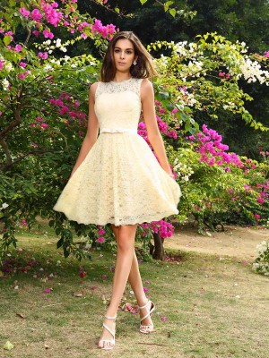 A-Line/Princess Sleeveless Elastic Woven Satin Scoop Knee-Length Lace Bridesmaid Dress
