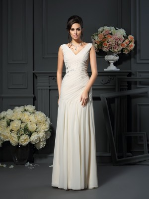 Sheath/Column Chiffon V-neck Beading Applique Floor-Length Dresses