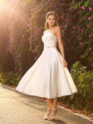 A-Line/princess Sweetheart Satin Tea-Length Beading Wedding Dresses