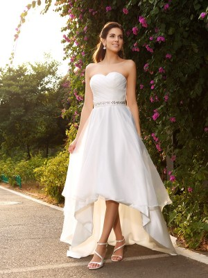 A-Line/Princess Sweetheart Asymmetrical Organza Beading Wedding Dresses