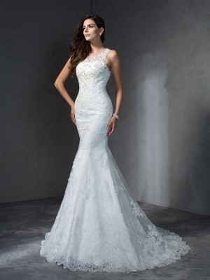 Trumpet/Mermaid Scoop Sleeveless Applique Court Train Lace Wedding Dress