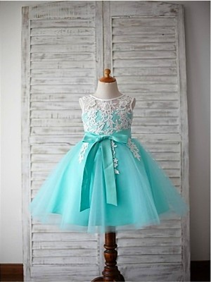 Ball Gown Scoop Sleeveless Bowknot Knee-Length Tulle Little Girl Dresses