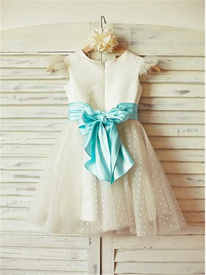 A-line/Princess Jewel Layers Tea-Length Tulle Flower Girl Dresses