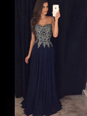 A-Line/Princess Sweetheart Sleeveless Floor-Length Chiffon Applique Dresses