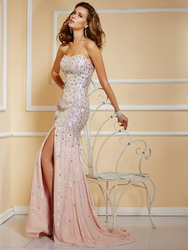 A-Line/Princess Sleeveless Strapless Floor-Length Beading Chiffon Dresses