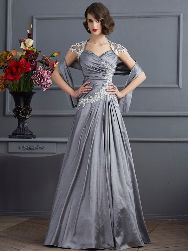 A-Line/Princess Sweetheart Short Sleeves Applique Beading Taffeta Long Dresses