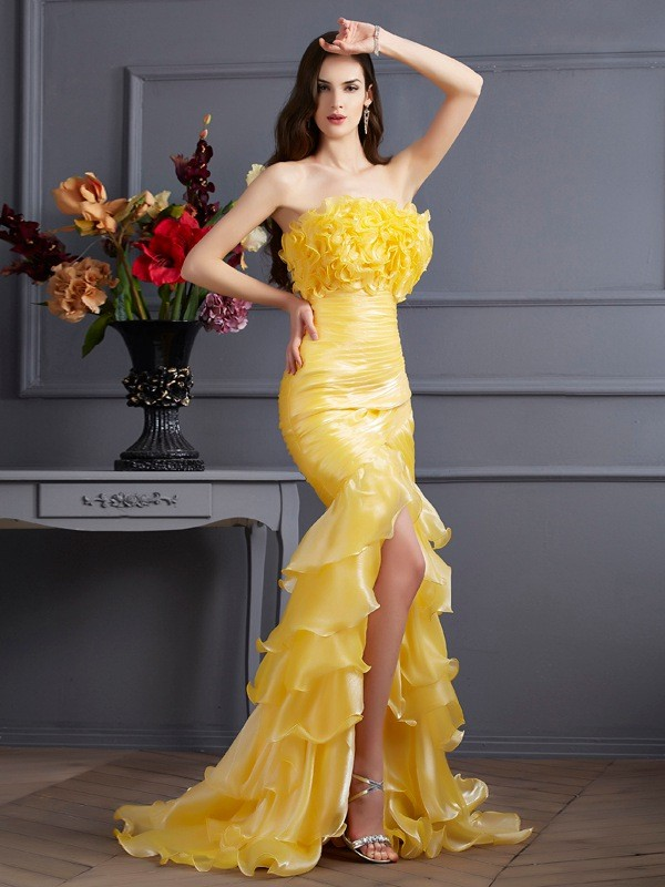 Trumpet/Mermaid Strapless Sleeveless Ruffles Sweep/Brush Train Tulle Dress