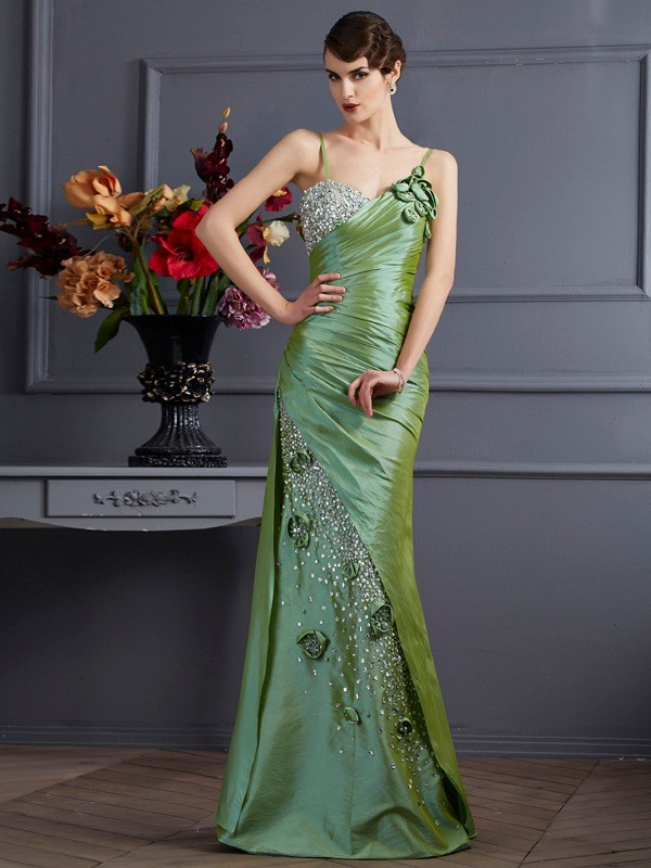 Trumpet/Mermaid Taffeta Sleeveless Beading Spaghetti Straps Floor-Length Dress