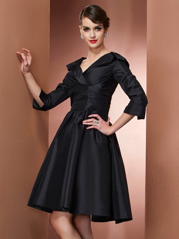 A-Line/Princess V-neck 3/4 Sleeves Short/Mini Taffeta Dresses