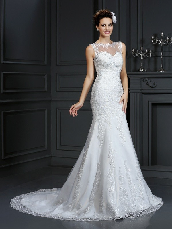 Sheath/Column Bateau Court Train Lace Satin Wedding Dresses