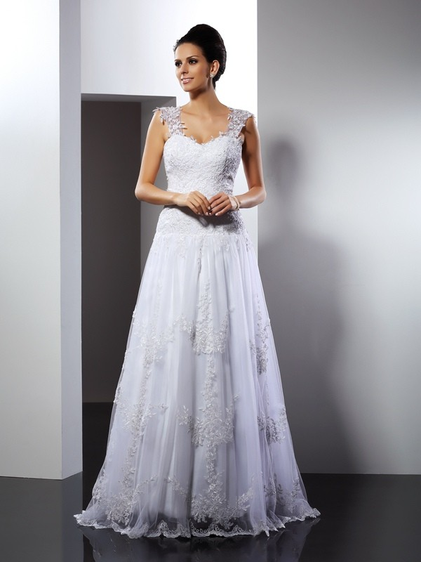 A-Line/Princess Straps Applique Court Train Lace Wedding Dresses