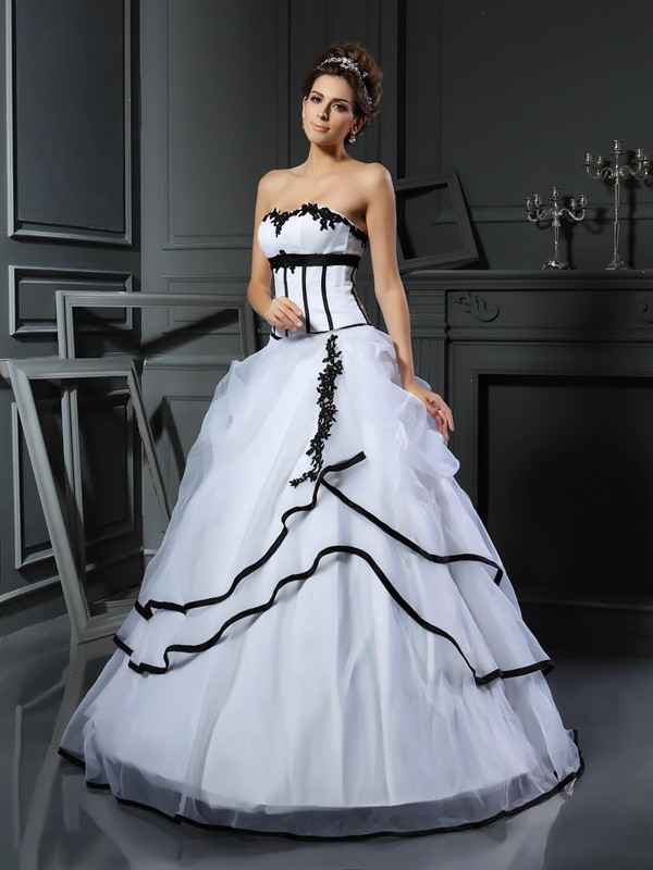 Ball Gown Sweetheart Satin Floor-Length Applique Wedding Dresses