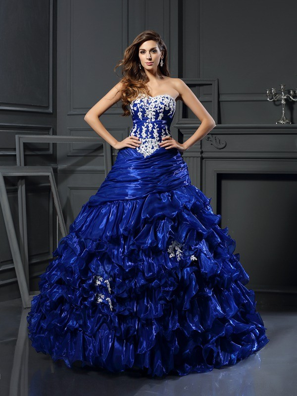 Ball Gown Sweetheart Tulle Beading Floor-Length Applique Dresses