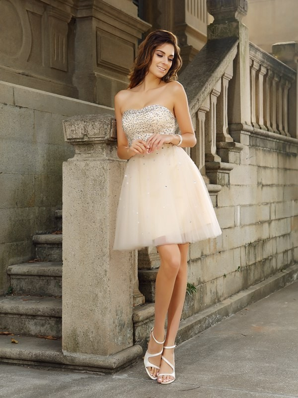 A-Line/Princess Beading Sleeveless Strapless Short/Mini Satin Gowns