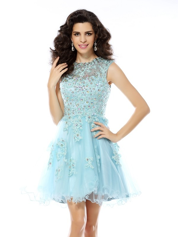 A-Line/Princess Sleeveless Scoop Applique Beading Satin Short/Mini Gowns