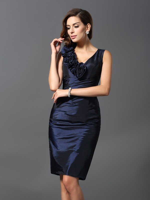 Sheath/Column Sleeveless V-neck Knee-Length Hand-Made Flower Taffeta Gowns