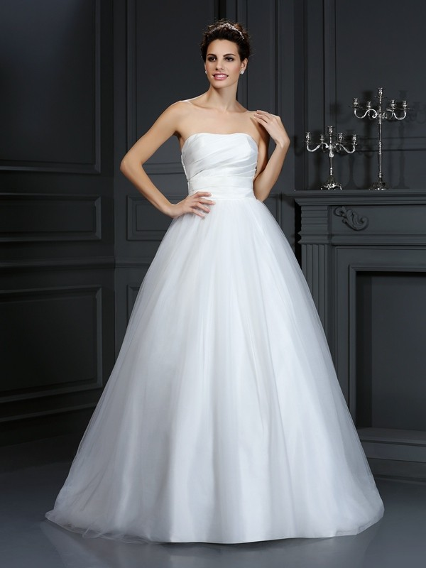 Ball Gown Strapless Pleats Court Train Taffeta Wedding Dresses