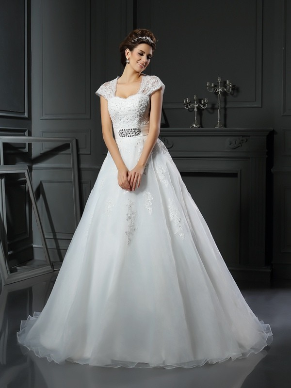 Ball Gown Square Organza Chapel Train Beading Applique Wedding Dresses