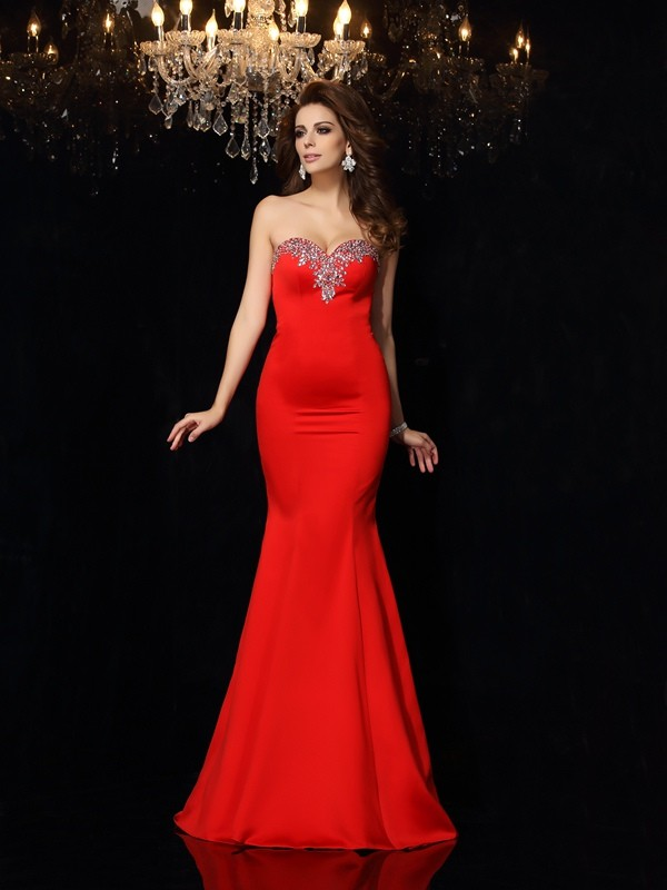 Sheath Sweetheart Sleeveless Beading Satin Court Train Dresses