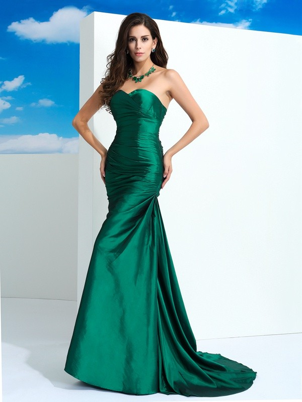 Sheath/Column Sweetheart Sleeveless Pleats Sweep/Brush Train Taffeta Dress