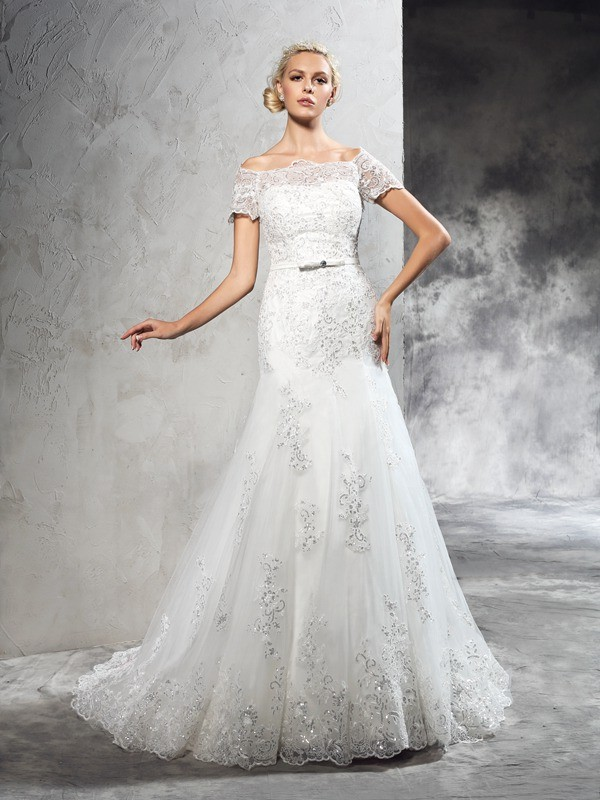 Sheath/Column Off-the-Shoulder Short Sleeves Court Train Net Wedding Dresses