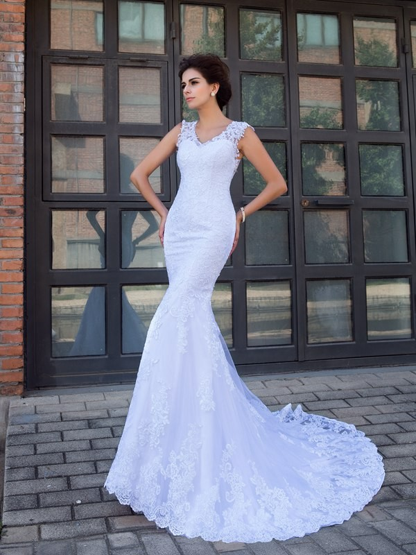 Trumpet/Mermaid V-neck Sleeveless Satin Applique Chapel Train Wedding Dress
