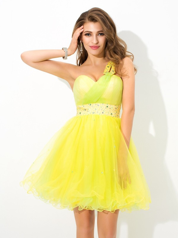 A-Line/Princess One-Shoulder Sleeveless Beading Mini Net Cocktail Dresses