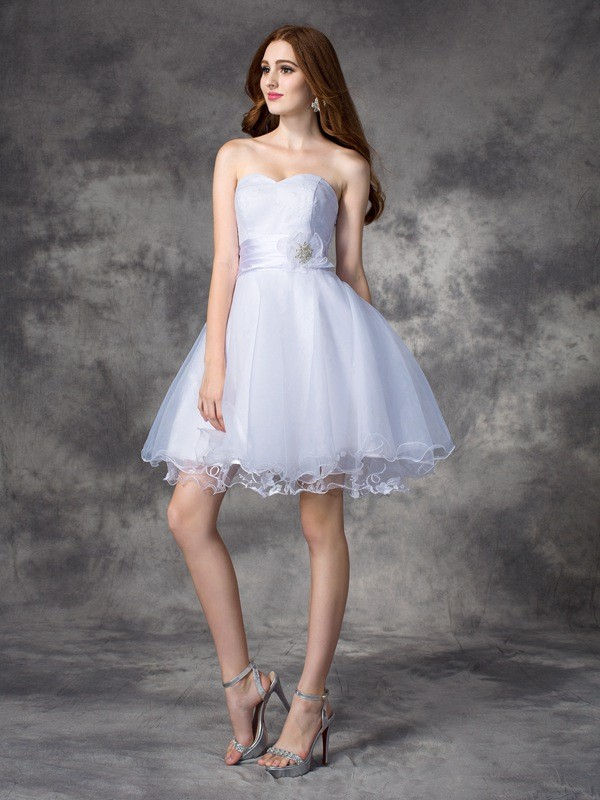 A-line/Princess Sweetheart Sleeveless Ruffles Short Organza Dresses