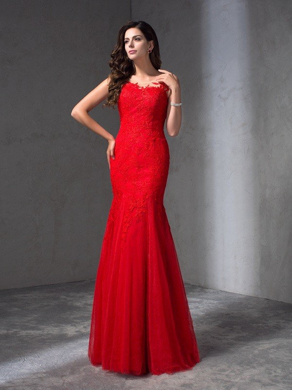 Sheath/Column Scoop Sleeveless Applique Floor-Length Lace Dress