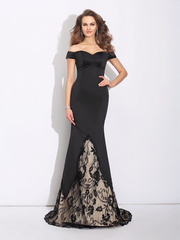 Trumpet/Mermaid Off-the-Shoulder Lace Sweep/Brush Train Satin Dresses