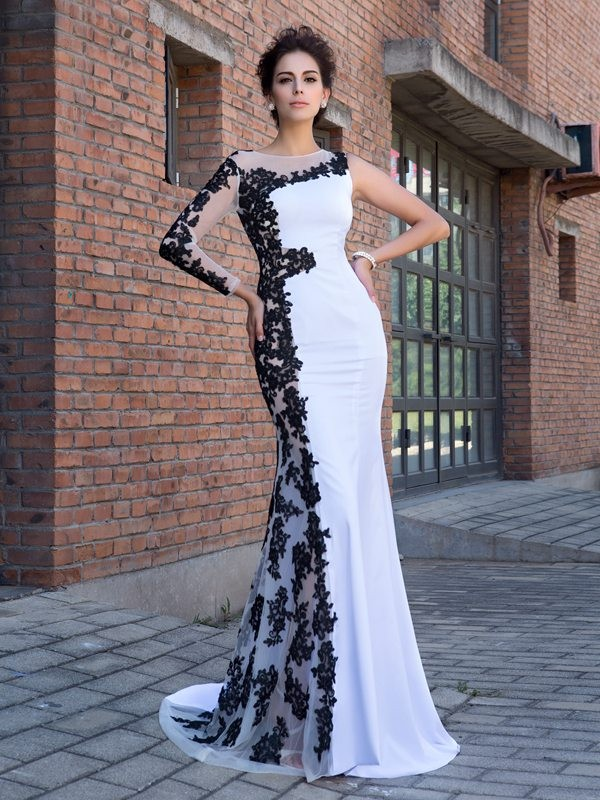 Trumpet/Mermaid Scoop Long Sleeves Chiffon Applique Sweep/Brush Train Dress