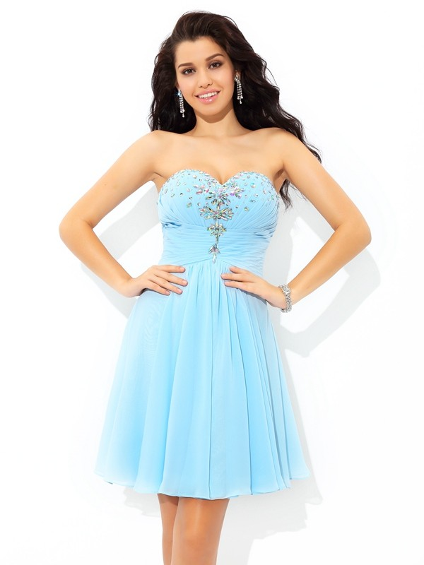 A-Line/Princess Sweetheart Beading Sleeveless Short/Mini Chiffon Cocktail Dress