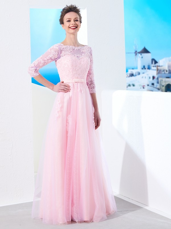 A-Line/Princess Floor-Length 1/2 Sleeves Bateau Applique Tulle Dresses