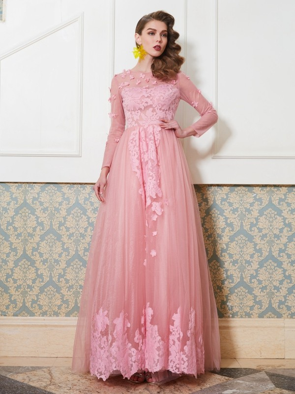 A-Line/Princess Scoop 3/4 Sleeves Floor-Length Tulle Applique Dresses
