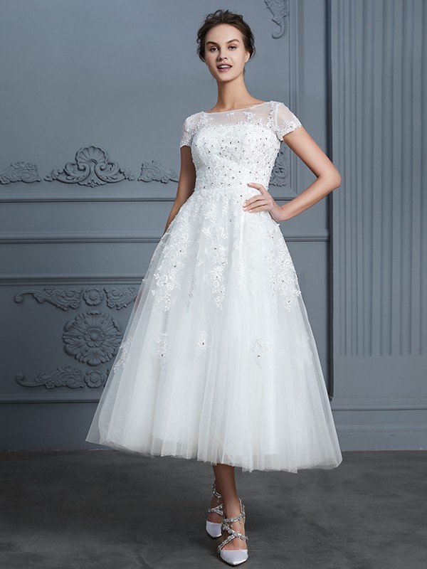 A-Line/Princess Scoop Tea-Length Short Sleeves Beading Tulle Wedding Dresses