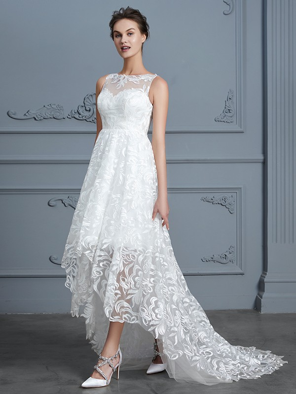 A-Line/Princess Scoop Sleeveless Lace Asymmetrical Wedding Dresses