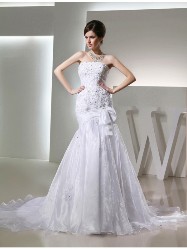 Trumpet/Mermaid Beading Long Strapless Sleeveless Organza Wedding Dresses