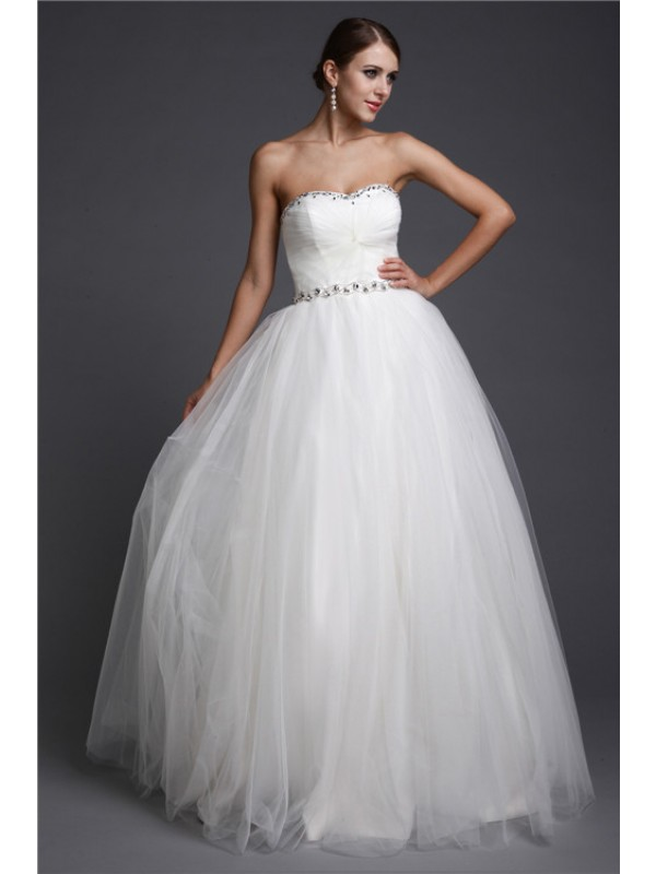 A-Line/Princess Sweetheart Sleeveless Long Beading Net Dresses