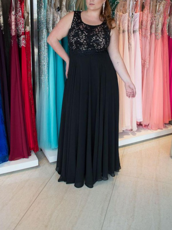 A-Line/Princess Lace Straps Sleeveless Floor-Length Chiffon Plus Size Dresses