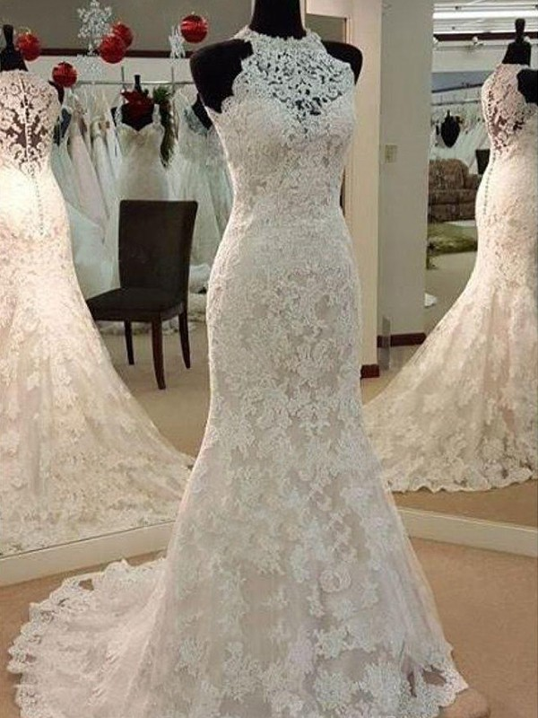Sheath/Column Scoop Sleeveless Sweep/Brush Train Lace Applique Wedding Dresses