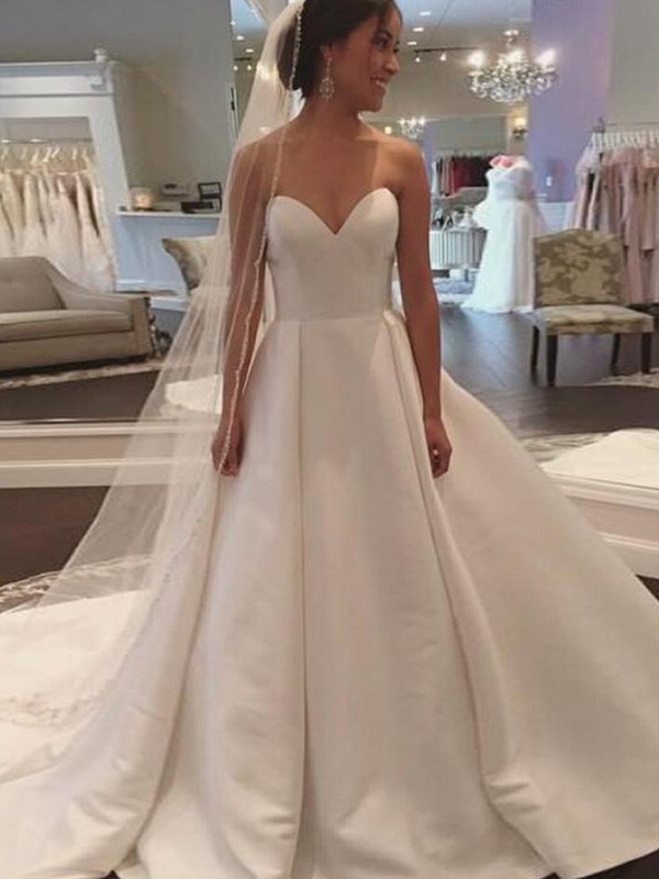 Ball Gown Sweetheart Sleeveless Court Train Satin Wedding Dresses