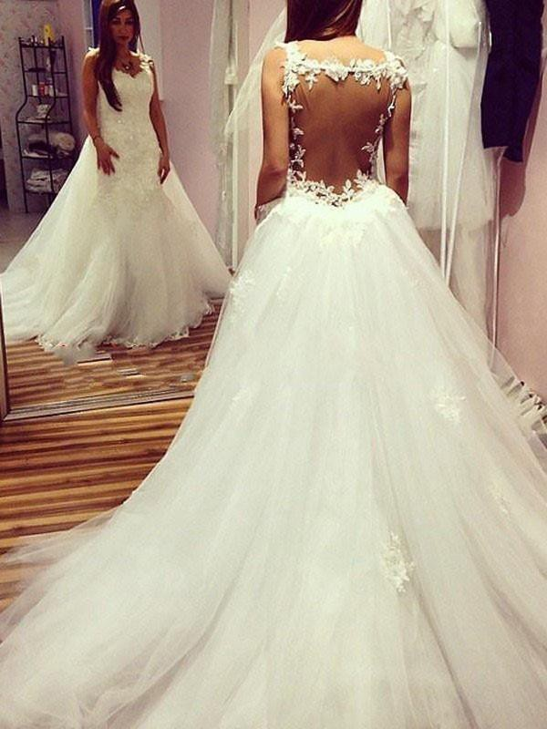 Ball Gown Sweetheart Sleeveless Chapel Train Tulle Applique Wedding Dresses