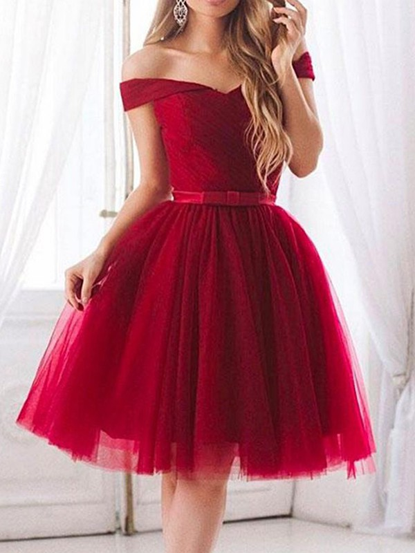 A-Line Tulle Ruffles Off-the-Shoulder Short Dresses