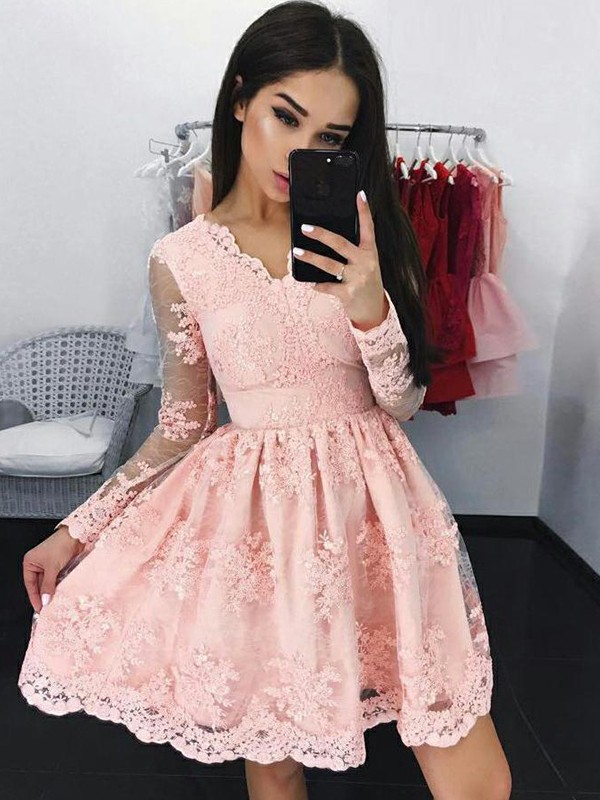 A-Line Lace V-neck Long Sleeves Applique Short/Mini Dresses