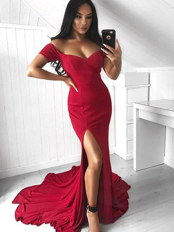 Trumpet/Mermaid Off-the-Shoulder Sleeveless Spandex Chiffon Court Train Dresses