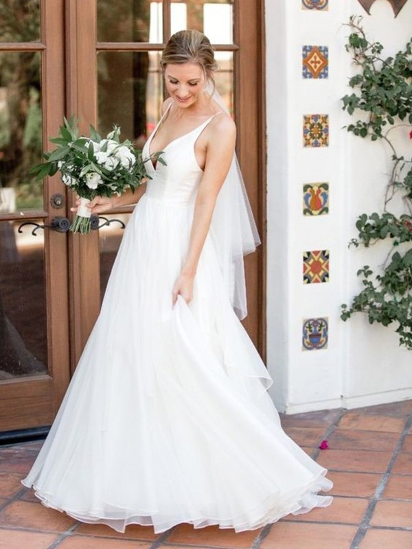 A-Line/Princess V-neck Sleeveless Ruffles Sweep/Brush Train Tulle Wedding Dresses